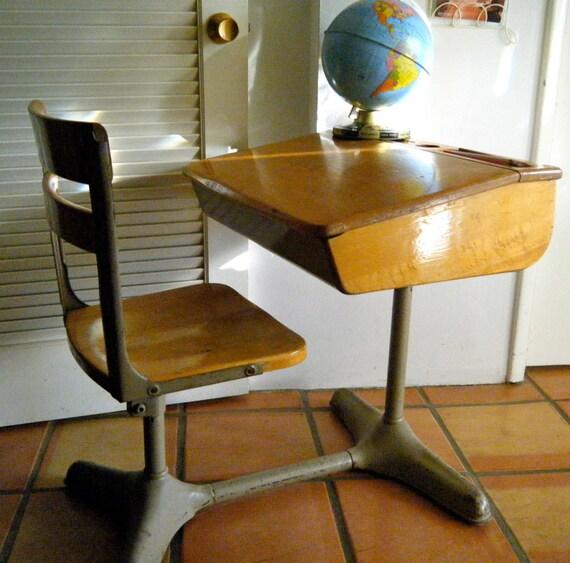 back to school sale vintage 1940 39 s 1950 39 s. Black Bedroom Furniture Sets. Home Design Ideas