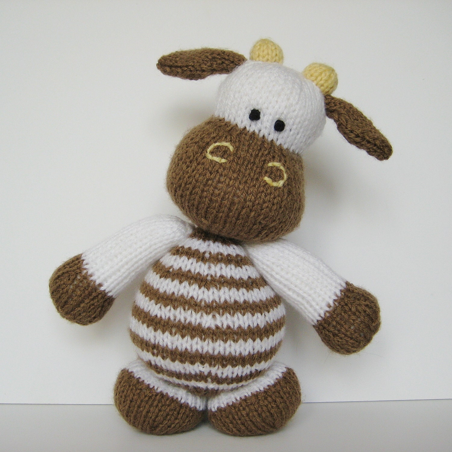 Milkshake the Cow toy knitting pattern by fluffandfuzz on Etsy
