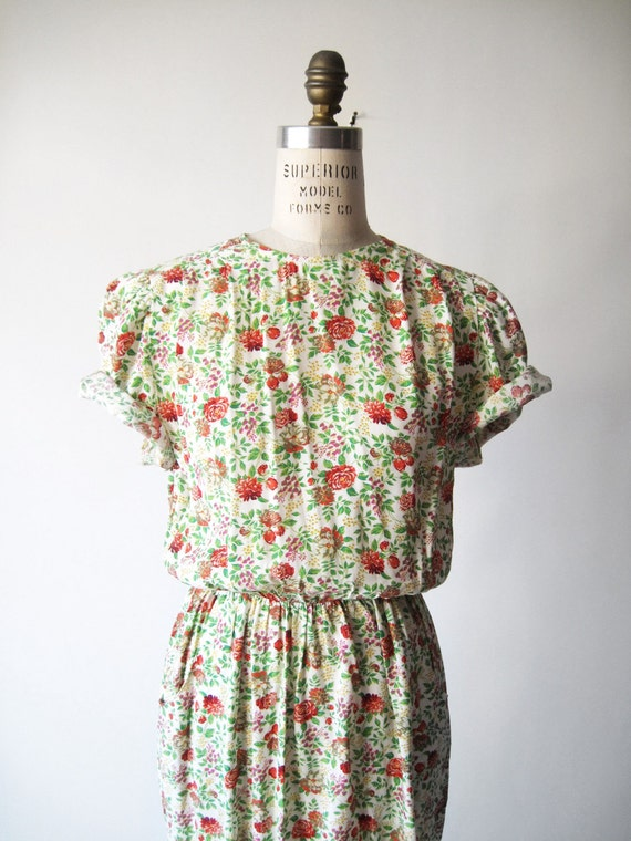 Vintage 80s Prettiest Red Rose Dress - small