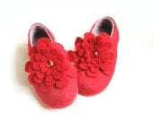 Handmade Wool Slippers Lady in Red Felt Flower Brooch Pin Unique Gifts For Women Red Rubber Soles Wool Slippers Rustic Weddings Red Redish