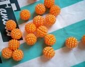 12 Vintage Orange Berry Beads 15 mm