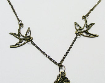 Steampunk Wing Necklace, charm bracelet, Steampunk jewellery,Kitsch jewelry,kawaii necklace,Kitsch necklace,