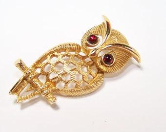 VINTAGE Retro Style Owl Pin with Gemstone Eyes Designer Avon 1970s Seventies Funky