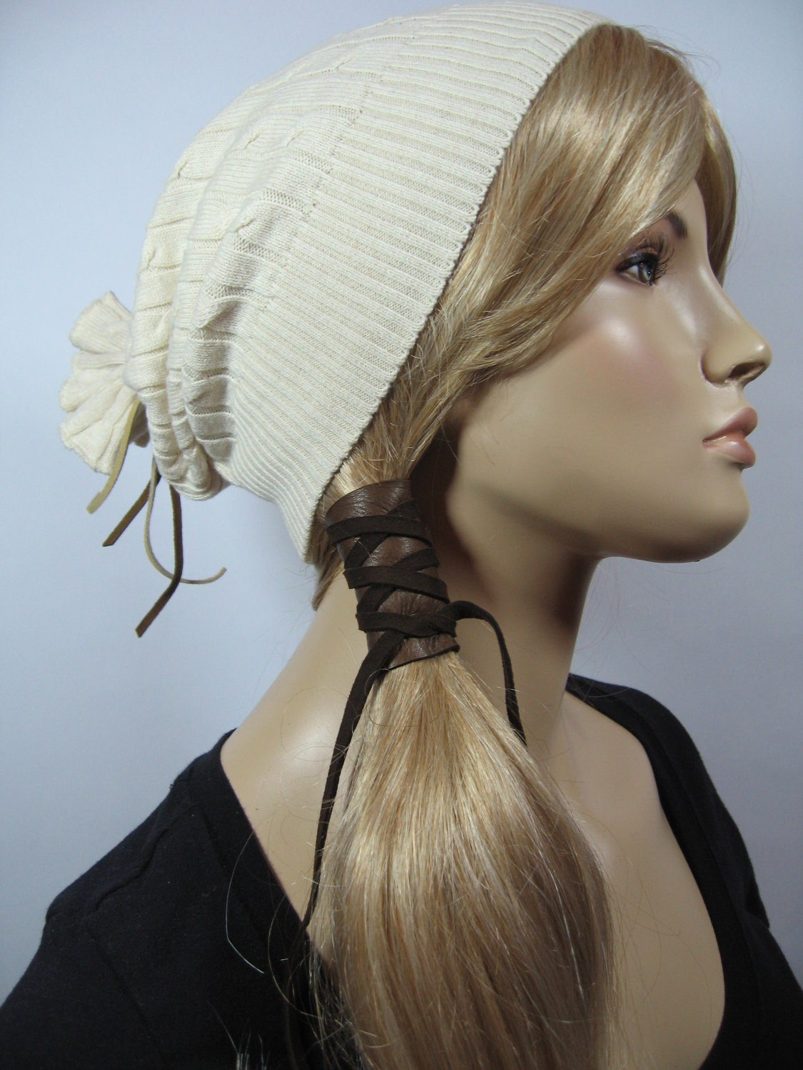 Hot Head Rope Elastic Rubber Hairband Headband Tie Ponytail Hair Accessories. Headband only, any other accessories not included. It is a good gift for your lover, family and your friend.