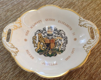 Coalport QUEEN ELIZABETH II Silver Jubilee open handled souvenir dish - bowl - English Bone China - Royal Crest