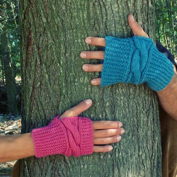 Items similar to Fingerless unisex mittens Knit pattern ...