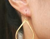 Gold Teardrop Earrings. Gold Teardrop Hoops. Gold Earrings. Gold Vermeil Earrings. Gold Vermeil Teardrop Earrings. Minimal.Modern.Sister.Mom