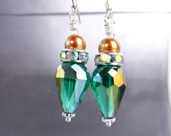 Emerald green crystal earrings of Thunder Polish Czech glass, rhinestones and gold OR ivory pearls // wedding, bridesmaid, dressy jewelry