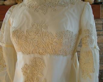Wedding dress 1960s vintage sheath alencon lace wateau train bridal gown