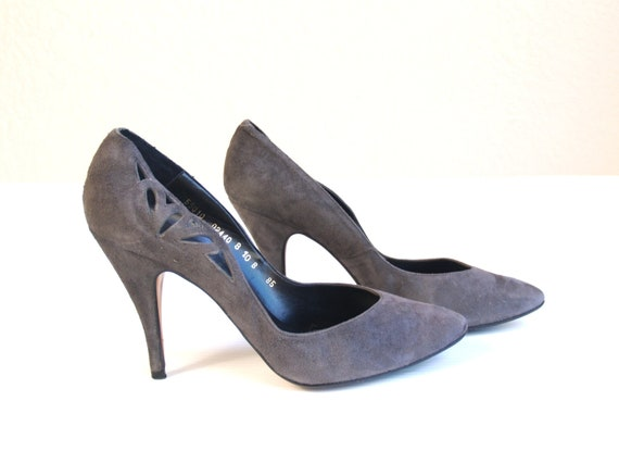 vtg 80s cut out GRAY SUEDE leather STILETTOS heels 10 avant garde pumps