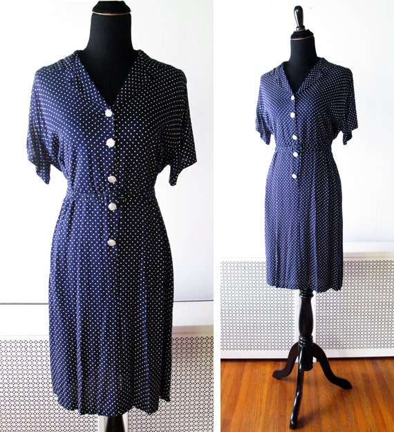 1940s Dress // Navy Blue and White Polka Dot 1940s Day Dress // xl.