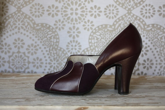 Vintage 1940's 1950s Art Deco Eggplant Purple Scalloped Edge Heels Size 4