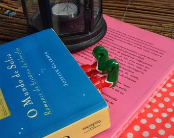 Elf BookMark- Legs in Your Book