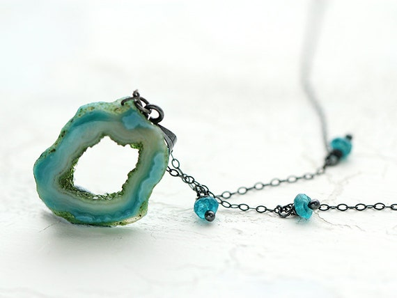 Agate Druzy Necklace . Handmade Jewellery with Apatite on Sterling Silver chain . Unique Gemstone Necklace . Ultramarine green, teal jewelry