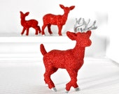 Red Glittered Deer Family Metallic Silver Winter Wedding Centerpiece Entertaining Birthday Party Table Settings Christmas Table Decoration