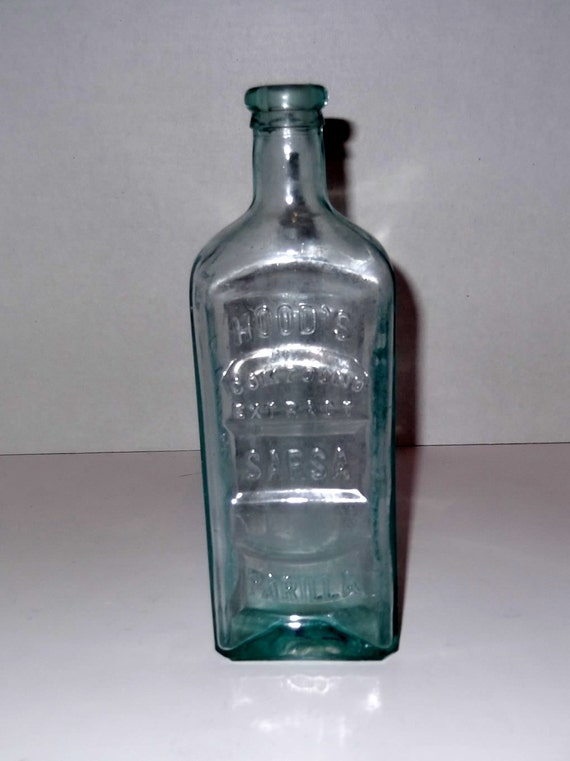 Antique Glass Bottle Hood S Sarsaparilla Bottle