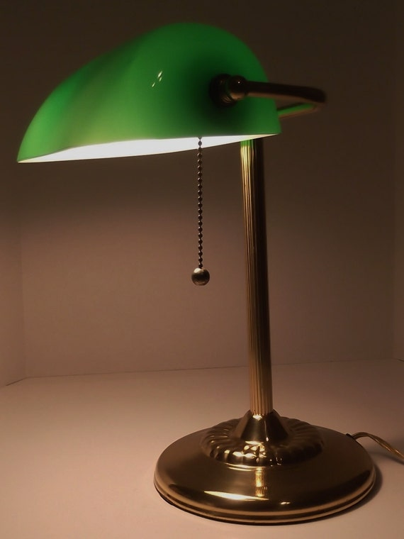vintage bankers lamp desk lamp green glass shade. Black Bedroom Furniture Sets. Home Design Ideas