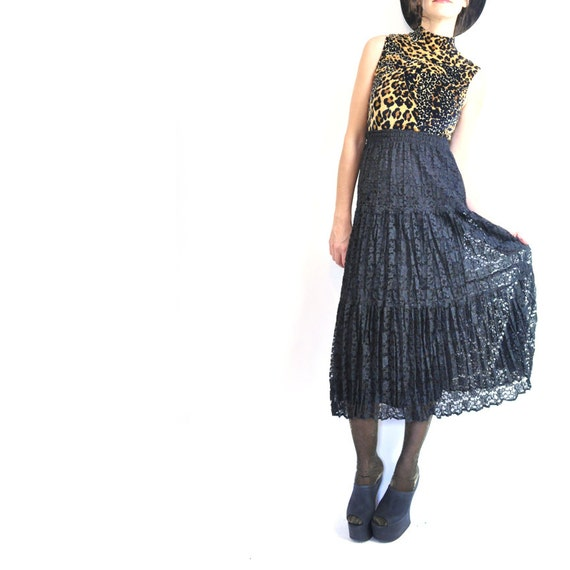 ViNTAGE DARK ROMANCE / 80s black lace skirt / high waisted / crinkle / sheer outer layer / tiered / xs - m