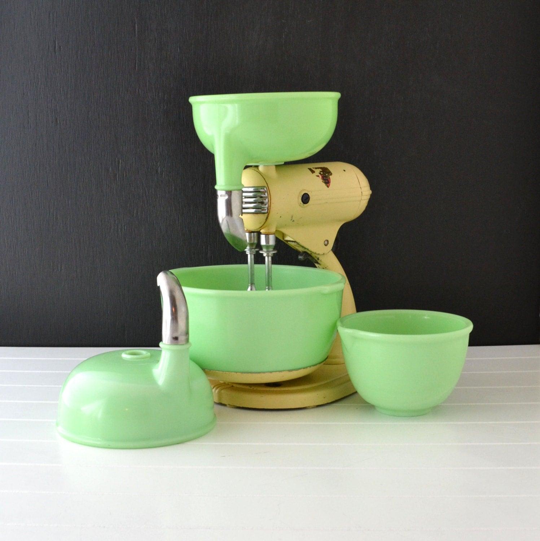 Vintage Sunbeam Mixmaster S 3a Jadeite Bowls Cream Stand
