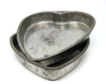 Vintage Heart Cake Pans Valentine 9 Inch Metal Ekco Pans