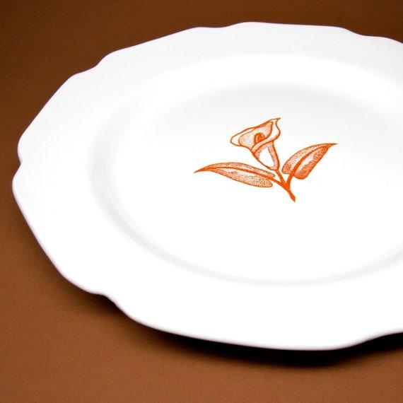 Vintage Dinner Plate Calla Lily Orange Cream Scallop Edge