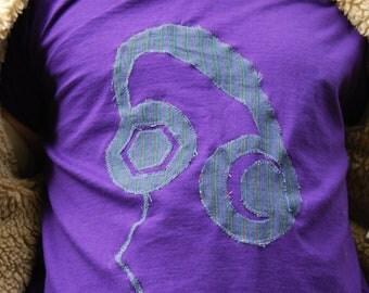 Chunky Headphones Appliqued T-Shirt