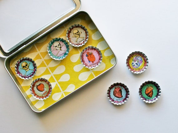 Hearts and Skulls- Loteria Magnet Set- Gifts under 20- El Corazon and La Calavera