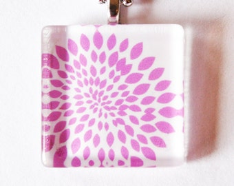 Flower Pendant, Glass Pendant, Flower, floral pendant, necklace, Gift for her, abstract flower, pink (1795)
