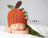 Crochet Pumpkin Hat / Newborn Pumpkin Hat / Baby Pumpkin / Photography Props Perfect for Fall Photos / Pumpkin Hat Newborn / Made to Order