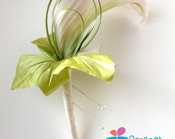 Silk calla lily, calla boutonniere, wedding buttonhole, flower lapel pin, grooms boutonniere