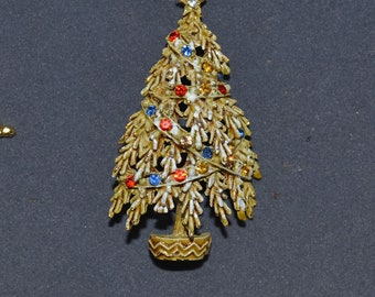 Vintage ART Christmas Tree Pin Signed 1950's Book Piece