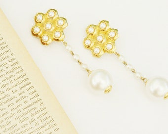 Vintage clip on earrings 1980s with big faux pearls