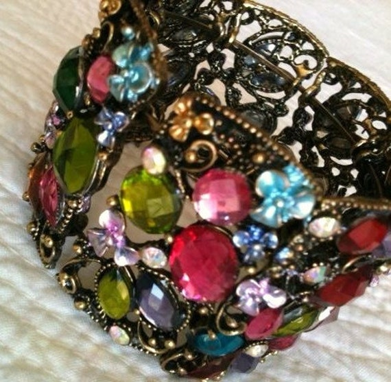 Vintage Shabby Chic Fuchsia Pink and Crimson Red Floral Cuff Bracelet, Romantic Home, Olives and Doves
