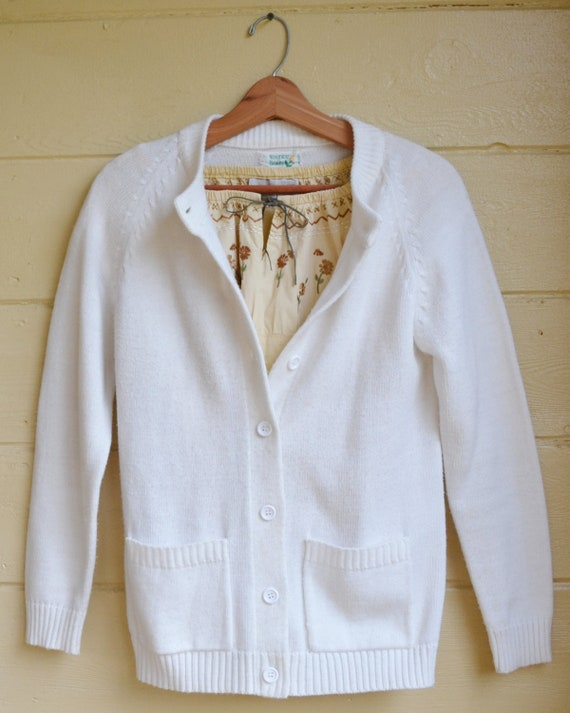 Free shipping and returns on Women's White Sweaters at coolnup03t.gq