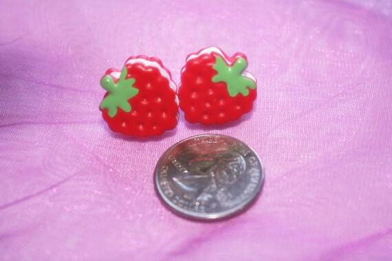 Strawberry ear rings