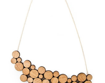 wooden circles asymetrical necklace