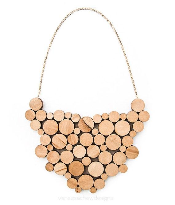 wooden circles bib necklace