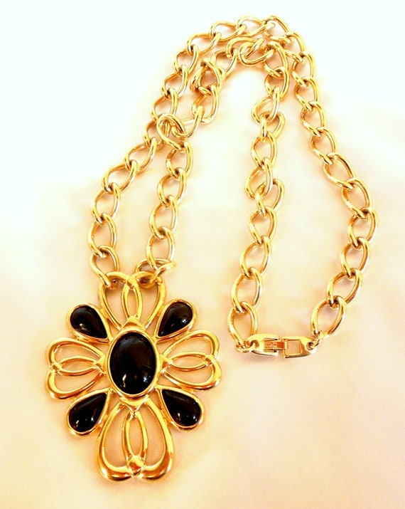 Vintage Napier Necklace In Gold and Black