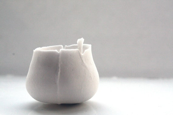 Micro stoneware bowl, white fine bone china.