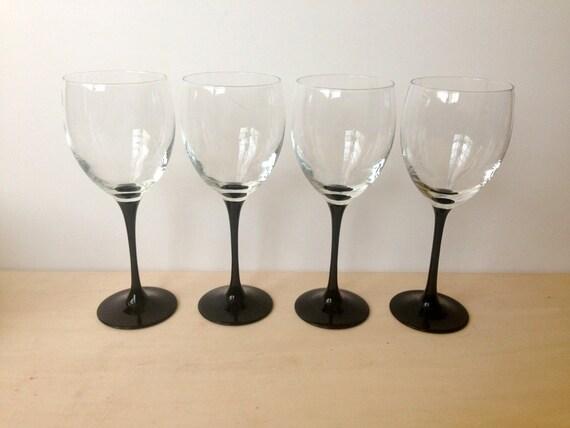 Vintage luminarc large white wine glasses black stem set of for Large white wine glasses