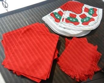 SALE Vintagef Christmas Cloth Napkins