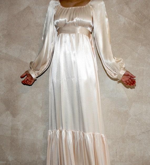 Vintage Wedding Dresses Etsy: Items Similar To Vintage Satin Gunne Sax Wedding Dress On Etsy