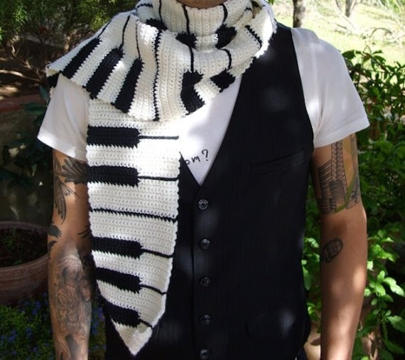 Knitting Pattern Piano Keyboard : Keyboard Piano Scarf