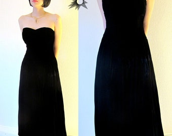 Vintage 1980's Black Velvet  Sweetheart Strapless Drop Waist Midi/Maxi Cocktail Dress Size S/M