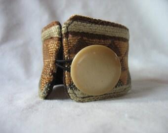 Fabric bracelet cuff, geometric