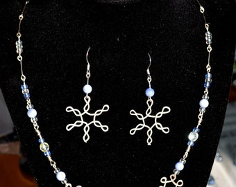 hammered snowflake wire jewelry set (necklace and earrings)