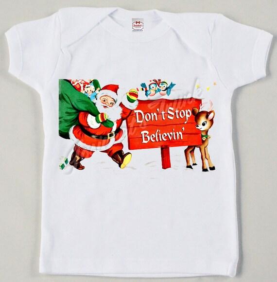 "Vintage ""Don't Stop Believin"" Santa Tee Christmas Tshirt Custom Size Retro"