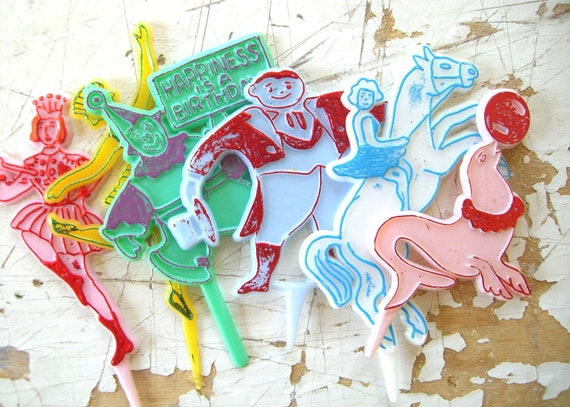 LAST SET-  Vintage CIRCUS Performers Cupcake Toppers, A Sweet Set of 12