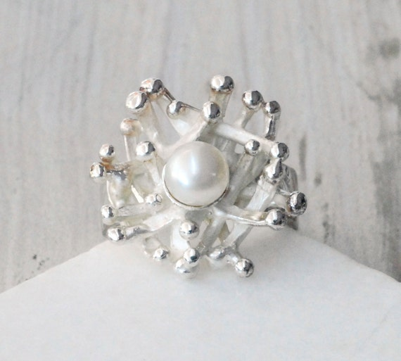 Pearl Ring, Sterling Silver and Cultured Pearl Solitaire Ring, Pearl Anniversary, June Birthstone, Statement ring, Santorini Wedding Jewelry
