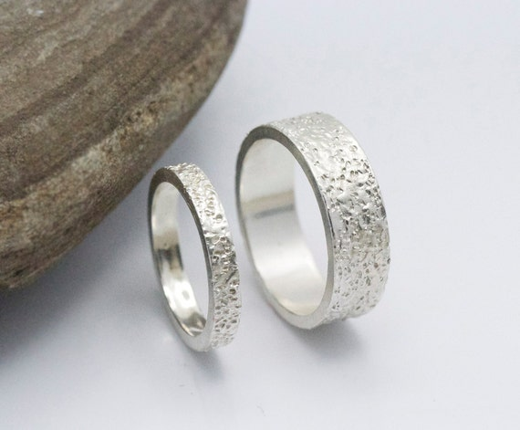 like this item - Unique Wedding Ring Set